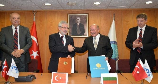 Uludağ Üniversitesi'nden Sofya Teknik Üniversitesi ile akademik işbirliği protokolü