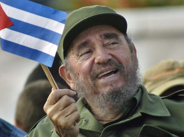 Dünyaca ünlü lider Fidel Castro öldü! Fidel Castro kimdir?