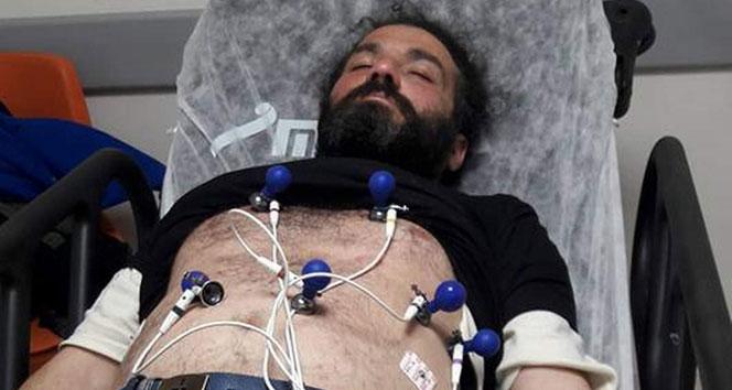 Oturan adam 172 saatin sonunda fenalaşarak hastaneye kaldırıldı