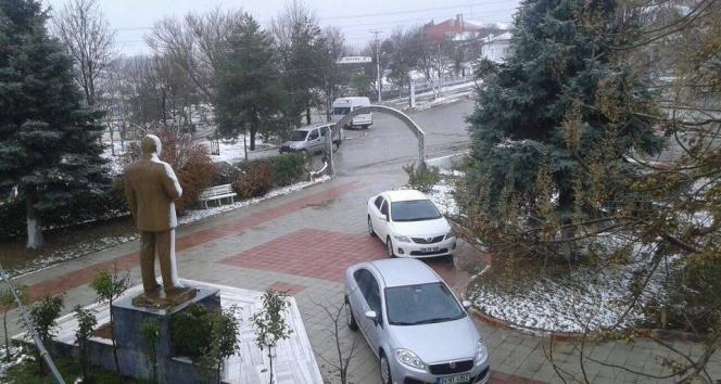 Trakyaya ilk kar düştü