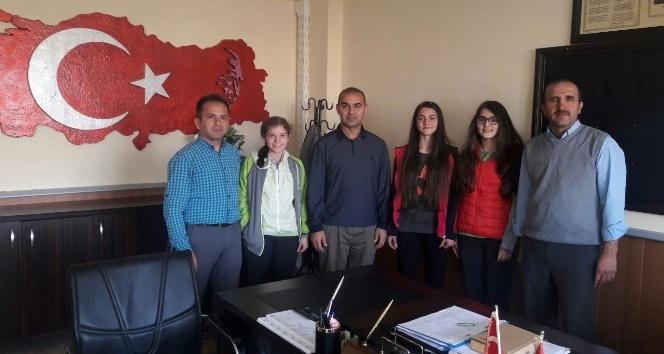 TEOG Türkiye birincileri Cumhuriyet Ortaokulu'ndan