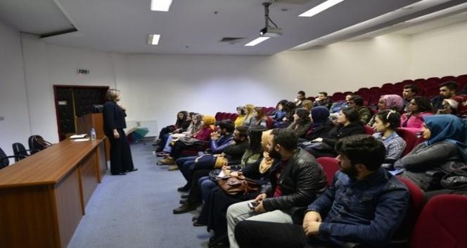 Kariyer planlama seminerleri İİBF'de devam ediyor