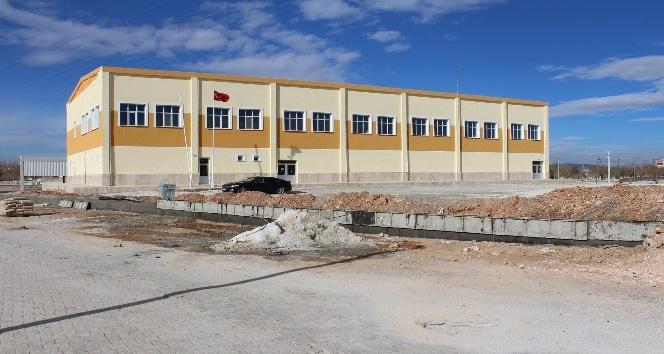 Kazımkarabekir ilçe spor salonunda bakım ve onarım çalışmaları tamamlandı