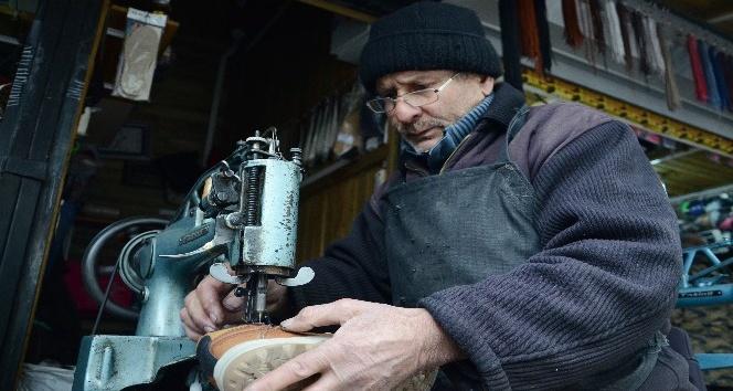 Malatya'da lostracılar zamana meydan okuyor