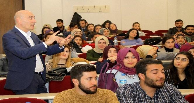Rektör Yılmaz, en başarılı öğrencilerle eğitim analizi