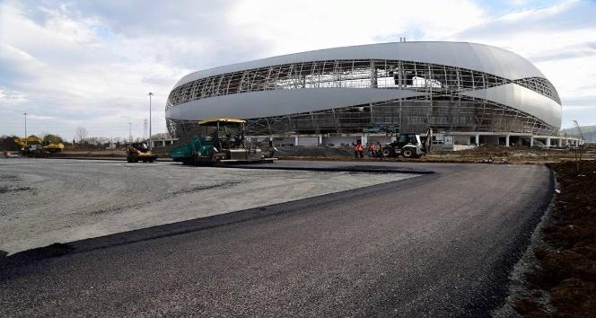 Yeni stadyumun yolu yapılıyor