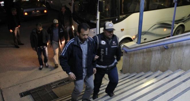 """Hatayda """"ByLock"""" kullanan 26 polis tutuklandı"""