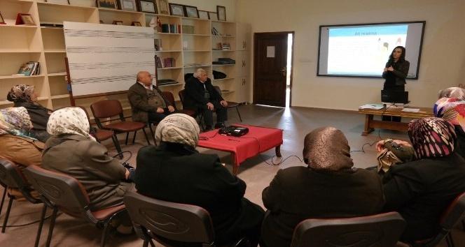 Kadın danışma merkezi, özel insanların ailelerine destek veriyor