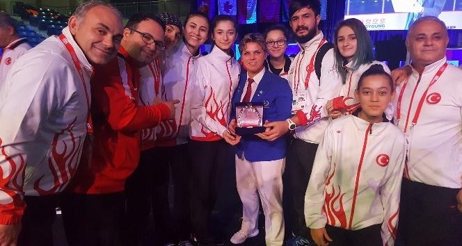 Aydınlı Güler Gençtürkoğlu, Taekwondo'da 'Dünyanın En İyi Bayan Hakemi' seçildi