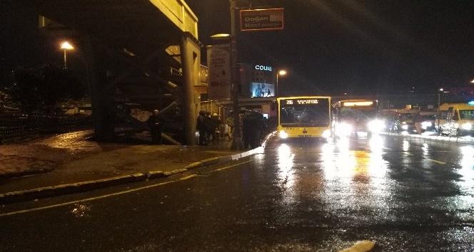 İstanbul'da sulu kar etkisini göstermeye başladı