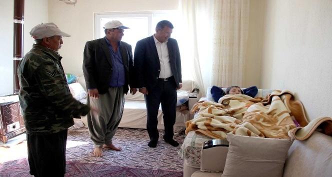 Başkan Turgut Menenjit hastası Kerim'in tanışma isteğini geri çevirmedi