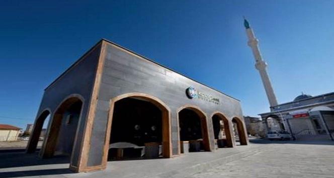 Kocasinan Belediyesinden Selçuklu mimarisine uygun modern kemerli şadırvan