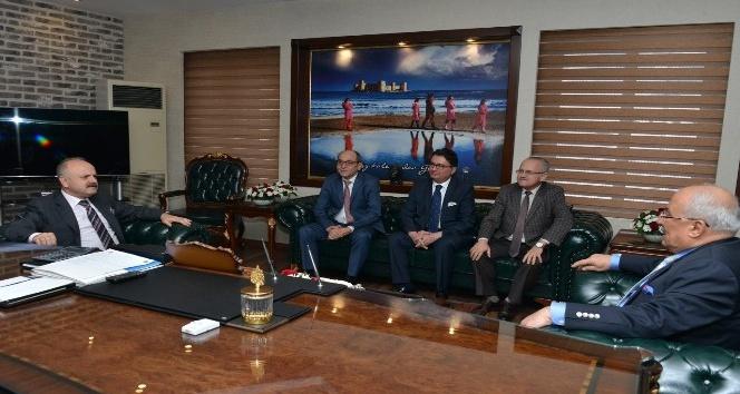 Başkan Kocamaz, Vali Çakacak'a kentsel tasarım projesini anlattı