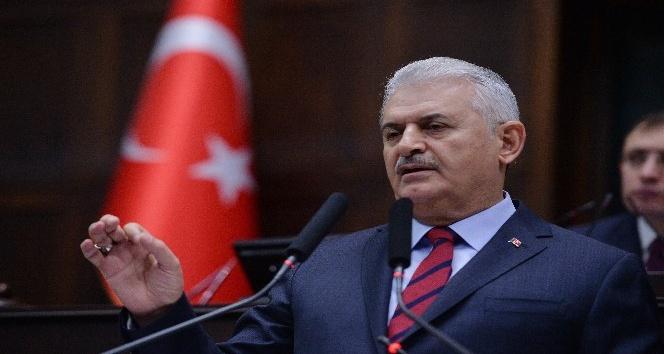 İZTO'dan Başbakan Yıldırım'a 'İzmir Şehrine Katkı' ödülü