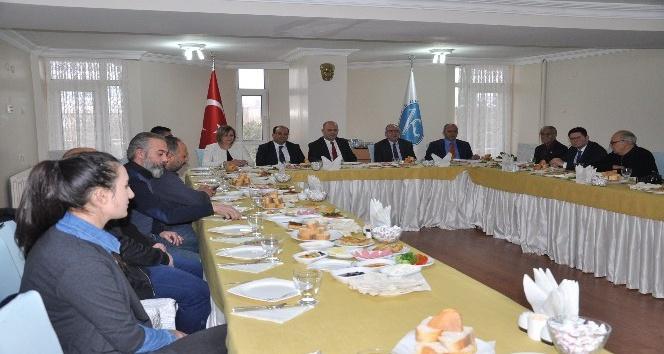Rektör Prof. Dr. Özcan, basınla buluştu