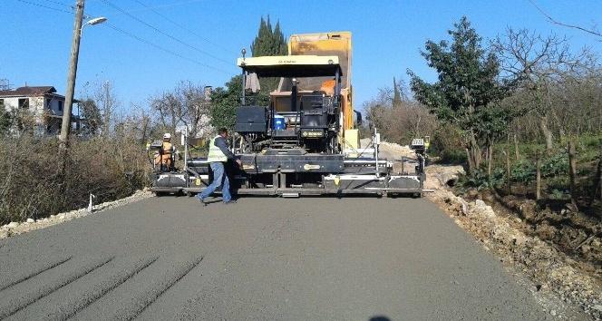 Yenikent bağlantı yolu sıcak asfalt oluyor