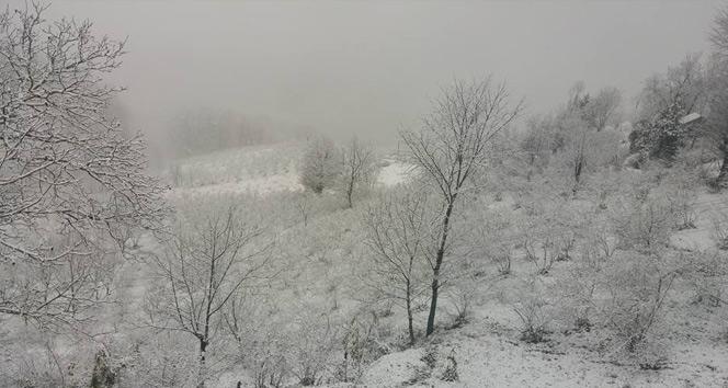 Gümeliye ilk kar düştü