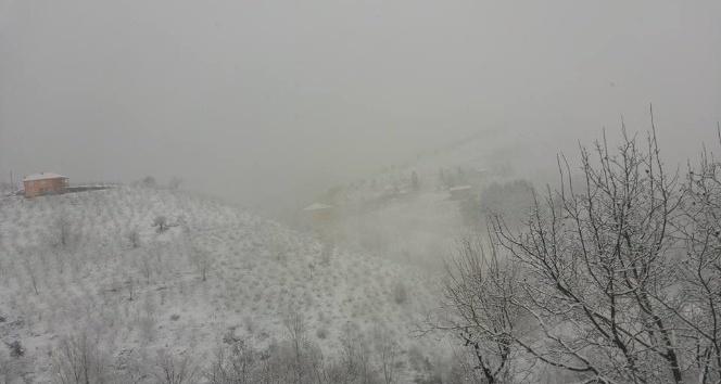 Gümeli'ye ilk kar düştü