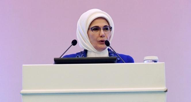 Emine Erdoğan: İçlerimiz yandı, derin bir üzüntü içindeyiz