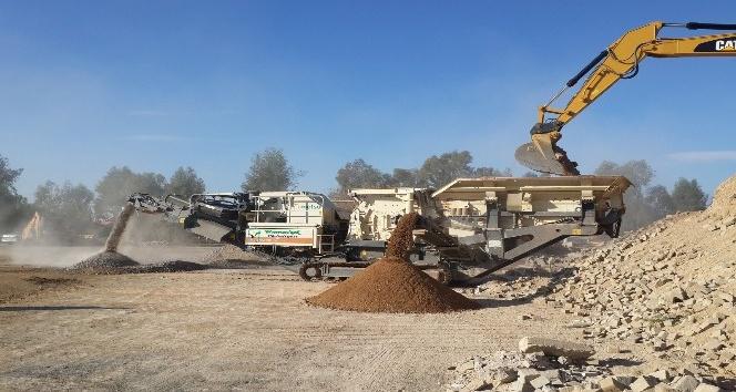 Manavgat asfalt şantiyesinde geri dönüşüm başladı