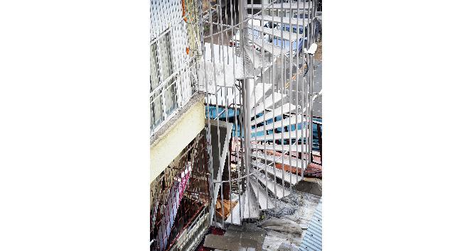 """Ankara İtfaiye Daire Başkanı Sipahi: """"Yangın merdivenleri işlevine uygun şekilde kullanılmıyor"""""""