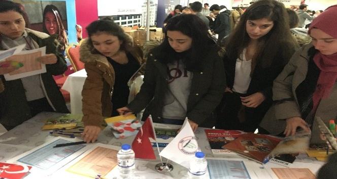 BEÜ Balıkesir'de üniversite tanıtım fuarına katıldı
