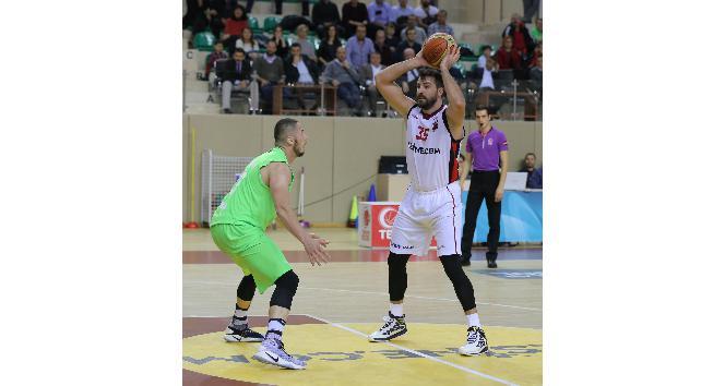Nesine.Com Eskişehir Basket'in bileği bükülmüyor