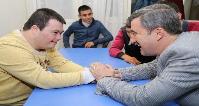 Başkan Şirin'den özel öğrencilere tam destek