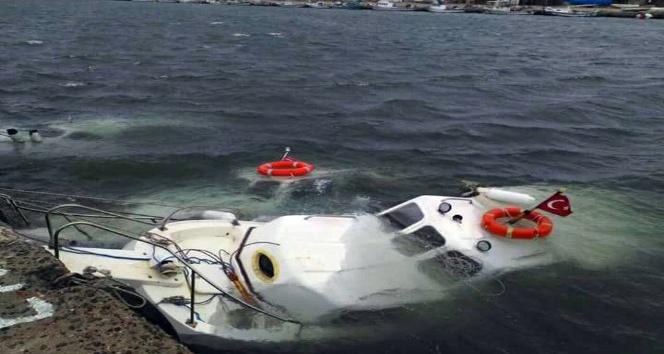 Edirne'de şiddetli rüzgar tekneleri vurdu