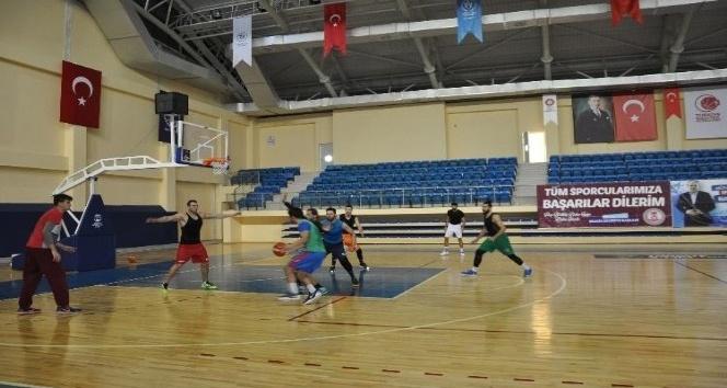 TB2L temsilcisi Bilecik Belediyesi Basketbol Kulübü, Karesispor maçına hazırlanıyor