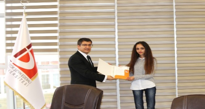 Üniversite öğrencilerine YÖK Başkanı Saraç'tan teşekkür belgesi
