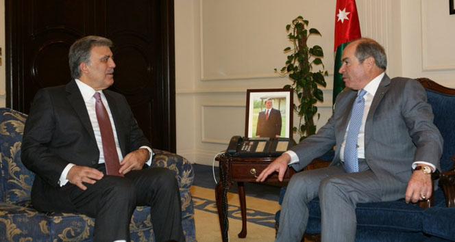 Abdullah Gülün parti kuracağı iddialarına yanıt!