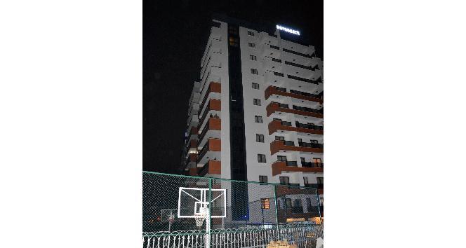 10. katta intihar girişimini polis engelledi