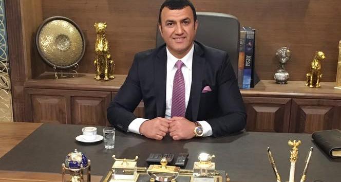 Hükümetin TL önerisine iş adamı Muhsin Bayraktan destek