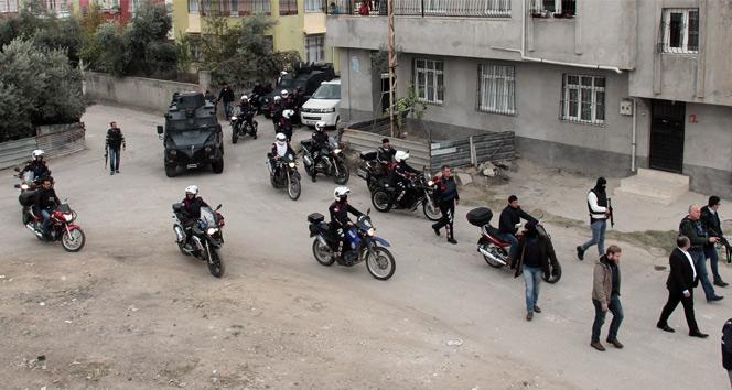 Adanada 500 polisle operasyon