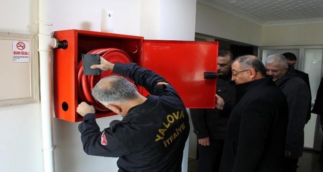 Öğrenci yurtlarında yangın merdiveni denetimi