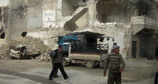 Halepten kaçış sürüyor