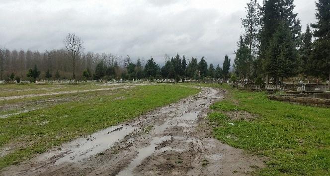 Düzce Belediyesinden mezarlık sorununa çözüm
