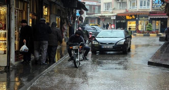 Kilis'te yağmur sevinci