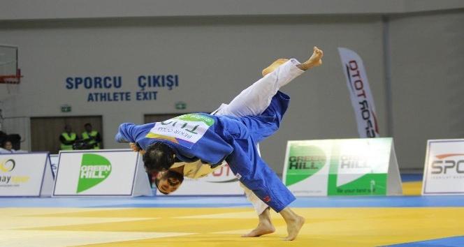 Osmangazili judoculardan 4 madalya