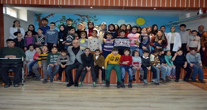 Başkan Korkut'un Özel Uygulama Merkezi öğrencileri ile Engelliler günü hatırası