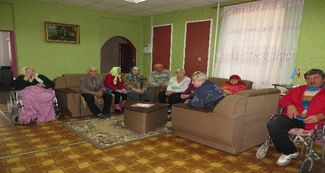 TİKA'dan, Çornobay Sosyal Merkezi'ne destek