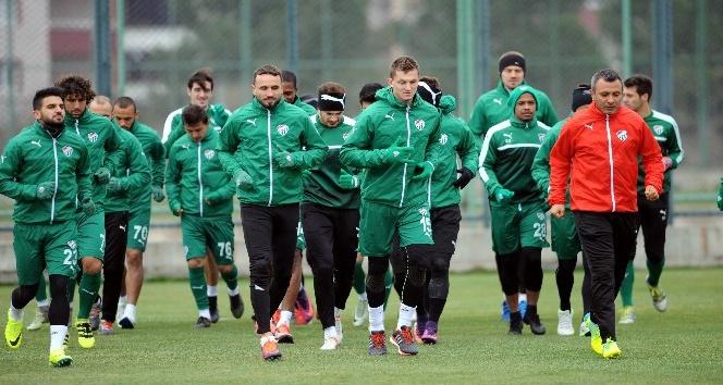 Bursaspor, aralık ayında 7 maça çıkacak
