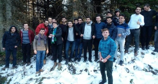 Akademi Lise öğrencileri doğada muhteşem bir gün geçirdi