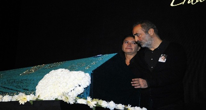 Erdal Tosun için tiyatroya adım attığı BKM'de tören