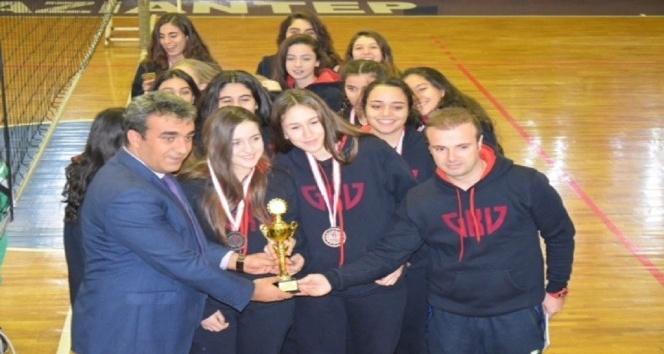 Gaziantep Kolej Vakfı Liselerinin Voleybol Başarısı