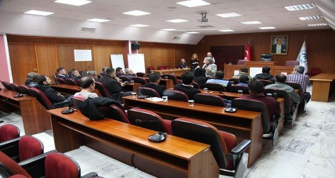 Belediye erkek personeline şiddet eğitimi