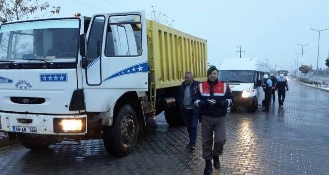 Büyükşehir Belediyesi ve Jandarmadan kış lastiği denetimi