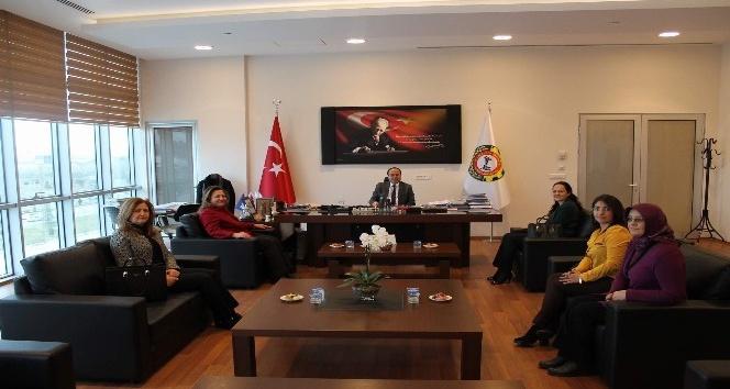 İş kadınlarından Başkan Serteser'e ziyaret