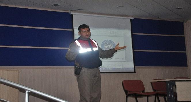 İyi dersler şoför amca konulu eğitim semineri verildi